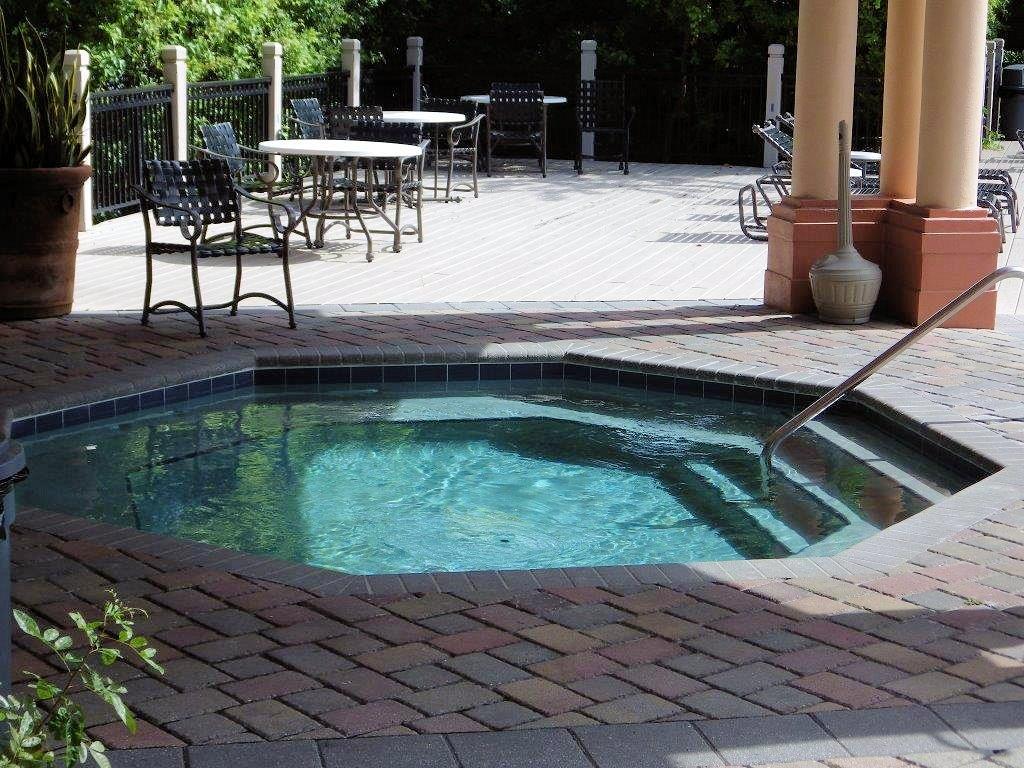 721 Mainsail Dr, Tampa florida 33602, Island Place (16)