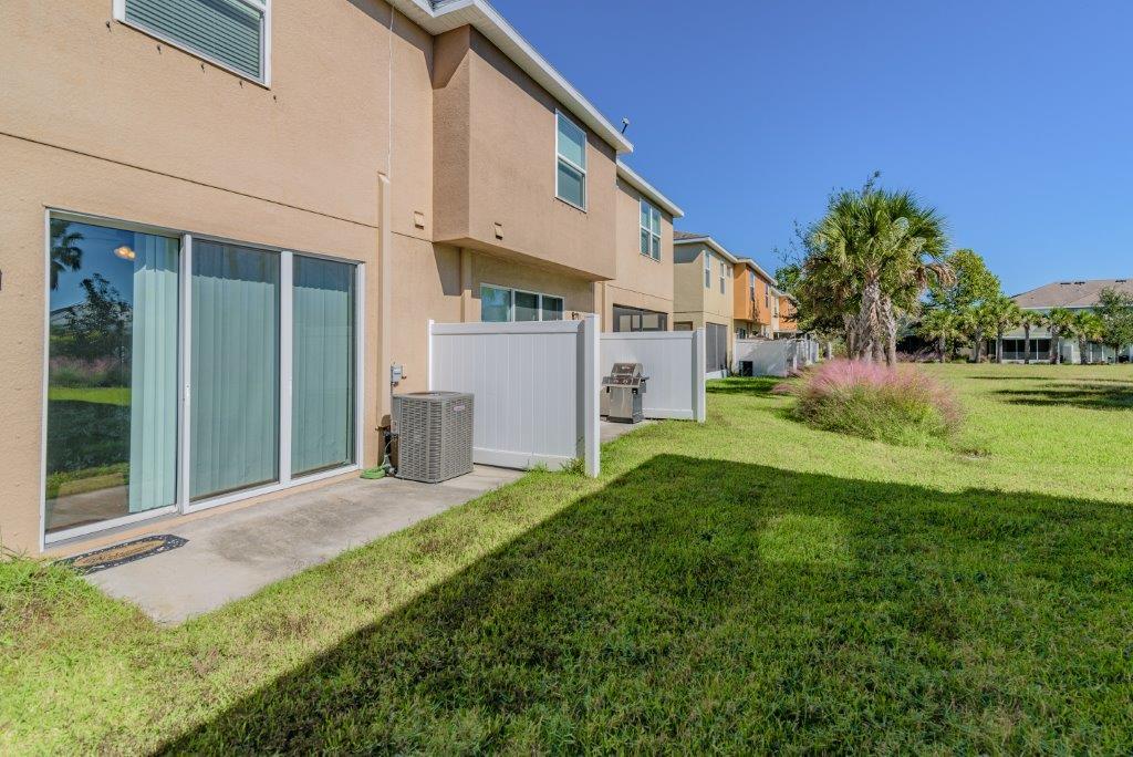 8742 Turnstone Haven Pl, Tampa - SI Real Estate Tampa Bay