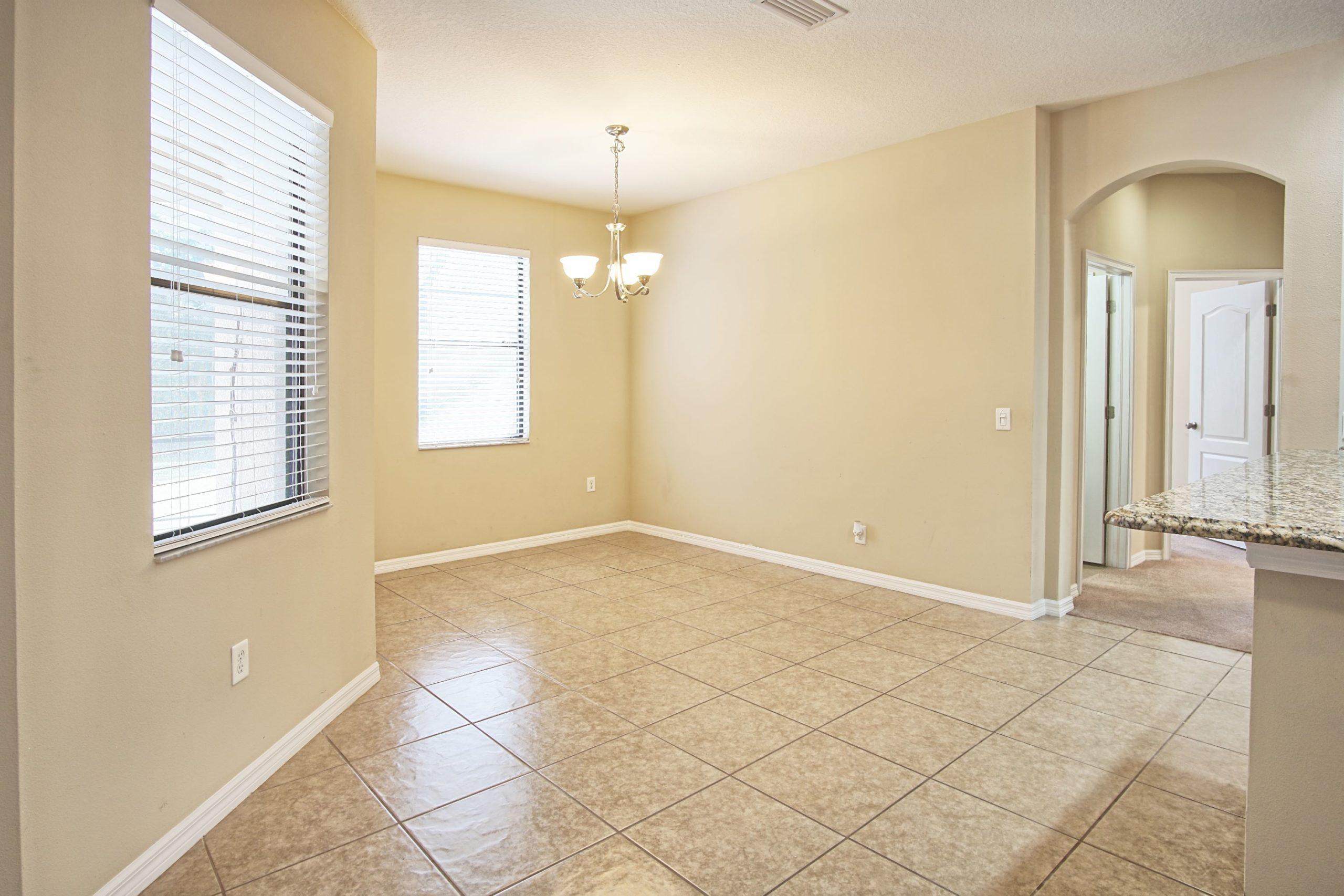 7905 Hamton Lake Dr, Tampa, Grand Hampton, new 2020 (13)